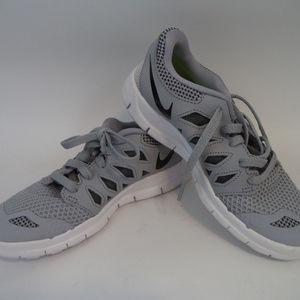 Nike Boys Nike Free 5.0 Sneakers 1Y SH790 0119